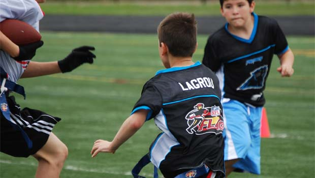 8624332d2 Michigan Youth Flag Football Review | Oakland County Moms
