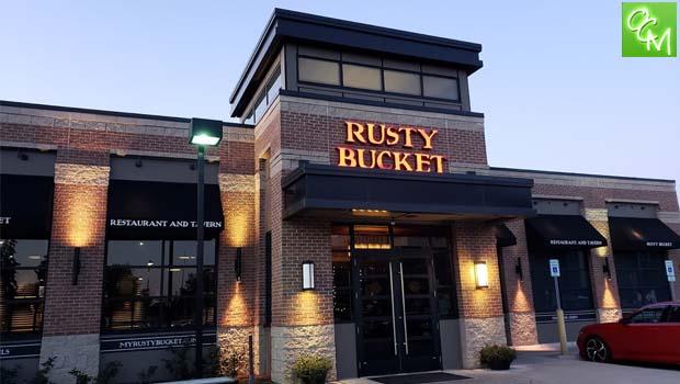 Rusty Bucket Bingham Farms Oakland County Moms