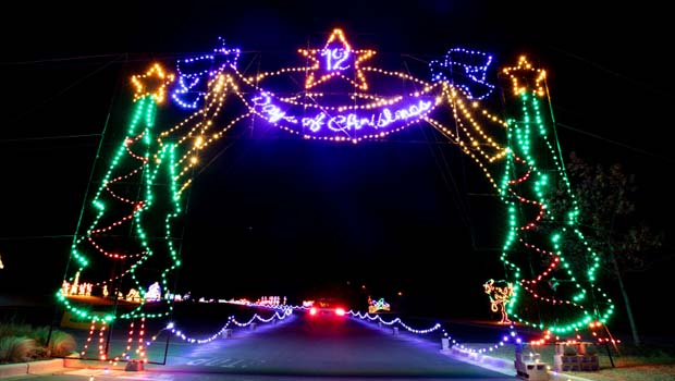 Detroit Christmas Lights 2020 Weekend Events Metro Detroit 2020 | Oakland County Moms