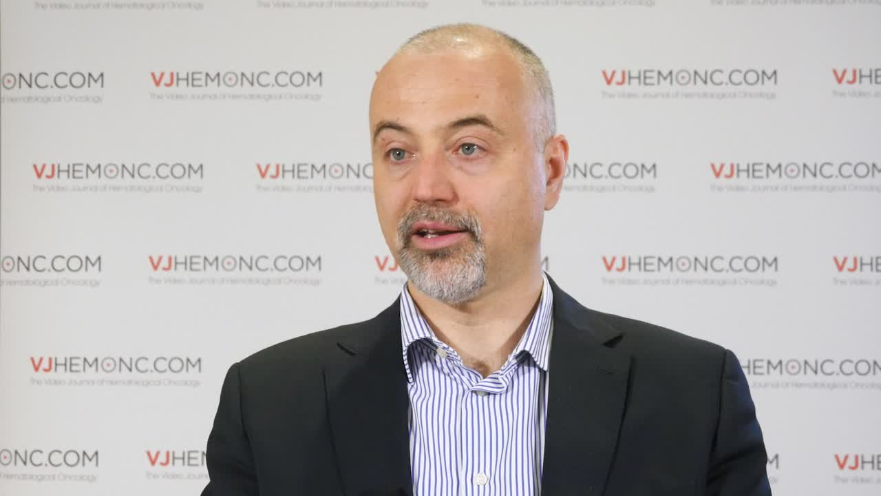 Multiple myeloma subgroups for risk-adapted therapy
