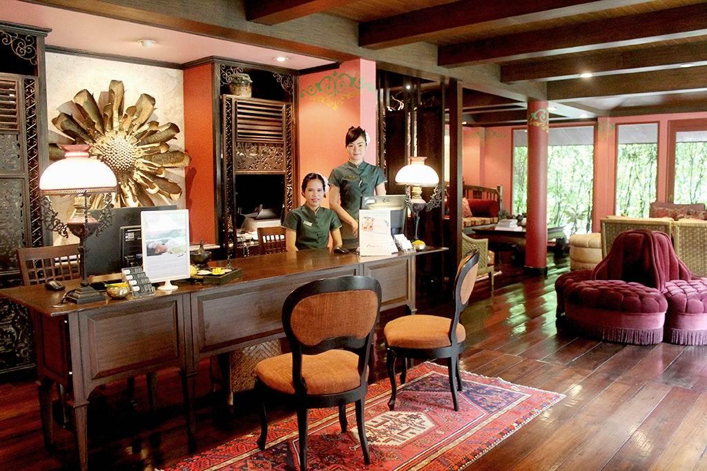 oasis spa one place bangkok. Black Bedroom Furniture Sets. Home Design Ideas