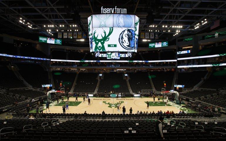Milwaukee Bucks -