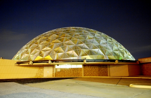 The Gold Dome is a popular piece of Oklahoma City architecture found right on an alignment of Route 66.