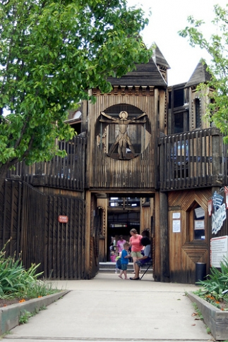 Adventure Quest is a huge outdoor playground and learning zone associated with Leonardo's Children's Museum, located across the street. The hands-on children's science museum and playground are a great place to spend a family day in Enid.