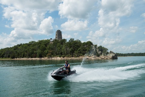 Make some serious waves at Lake Murray State Park and take your boat or jet ski out on the waters of Lake Murray.