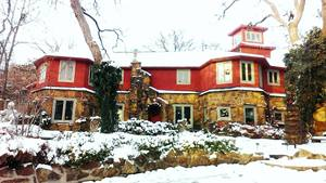 The beautiful Cedar Rock Inn at Redberry Farm in winter.