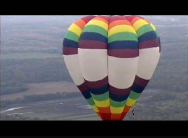 Include a hot air balloon ride in your Oklahoma vacation plans.