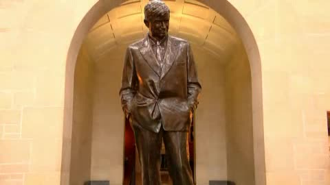 The entertainer and legend Will Rogers is celebrated with a museum.