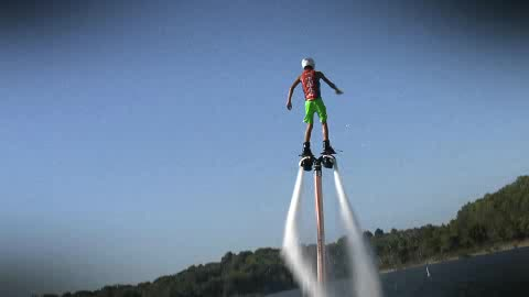 Hydro flight water jet packs