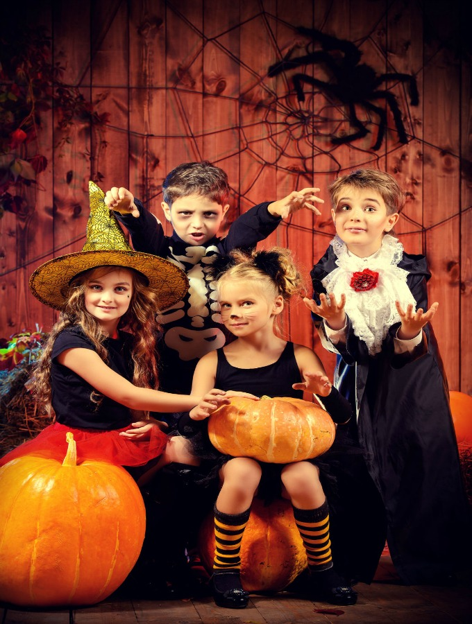 Tips And Tricks To Save Money On Your Kids' Halloween Costumes This Year