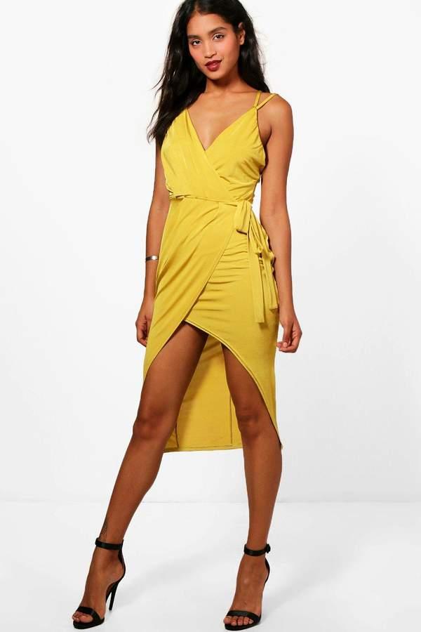outfit para boda - Asesoría de imagen ejecutiva - boohoo Strappy Wrap Detail Midi Dress - Boohoo - BooHoo