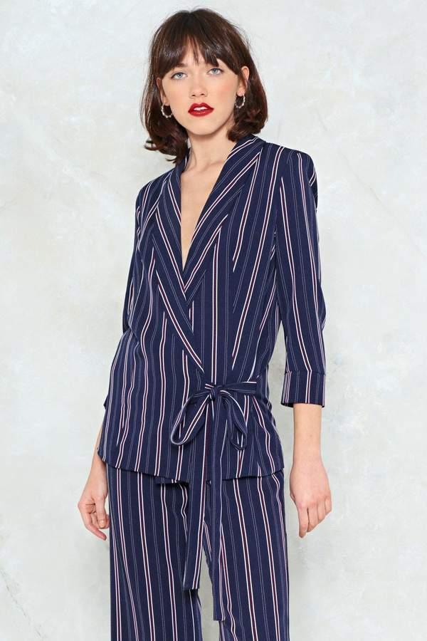 Outfit minimal - Asesoría de imagen ejecutiva - Nasty Gal New Wave Tie Waist Blazer - Nasty Gal - Nasty Gal
