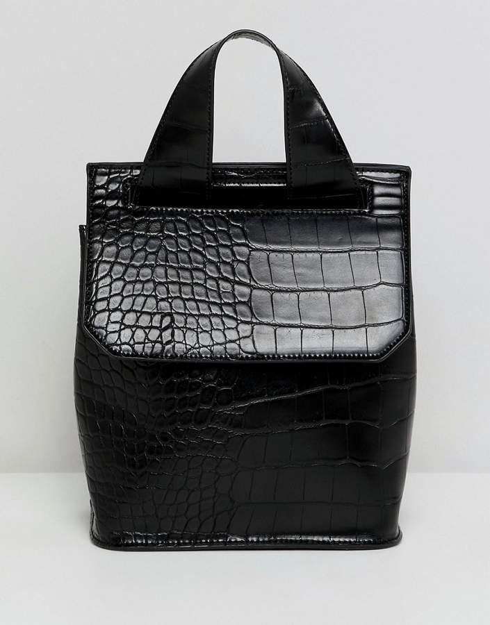 Outfit para oficina - Asesoría de imagen ejecutiva - ASOS DESIGN mini croc backpack - Asos - Asos
