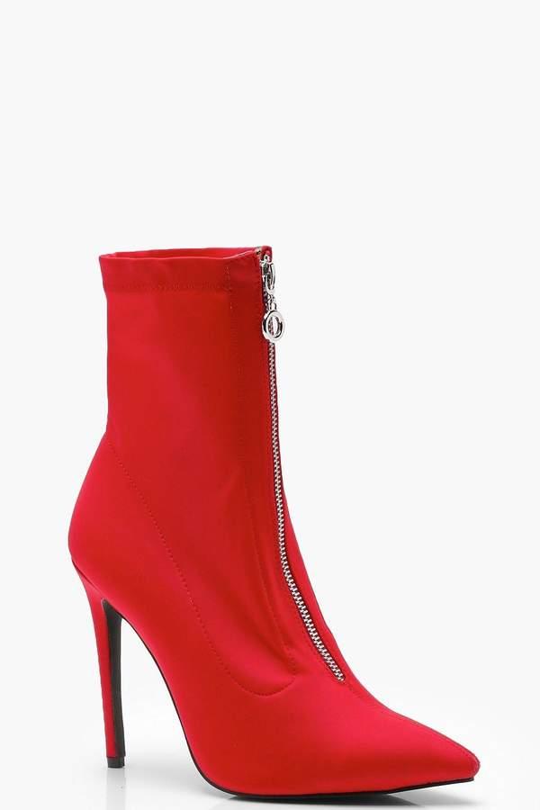 Outfit casual - Asesoría de imagen ejecutiva - boohoo Pointed Toe Stretch Heeled Sock Boots - Boohoo - BooHoo