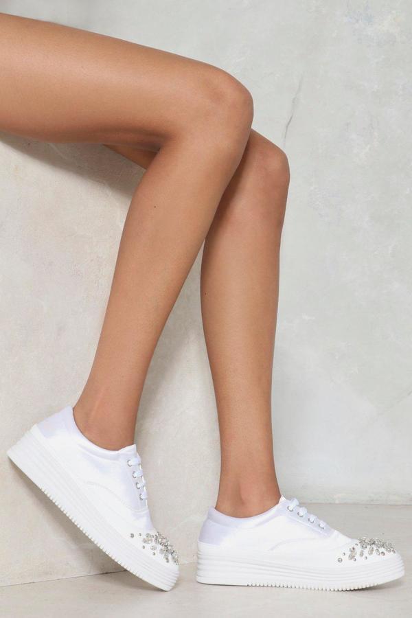 Outfit para oficina - Asesoría de imagen ejecutiva - Nasty Gal Toe the Line Diamante Sneaker - Nasty Gal - Nasty Gal