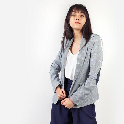Outfit para oficina - Asesoría de imagen ejecutiva - Blazer  - Basement - Saga Falabella