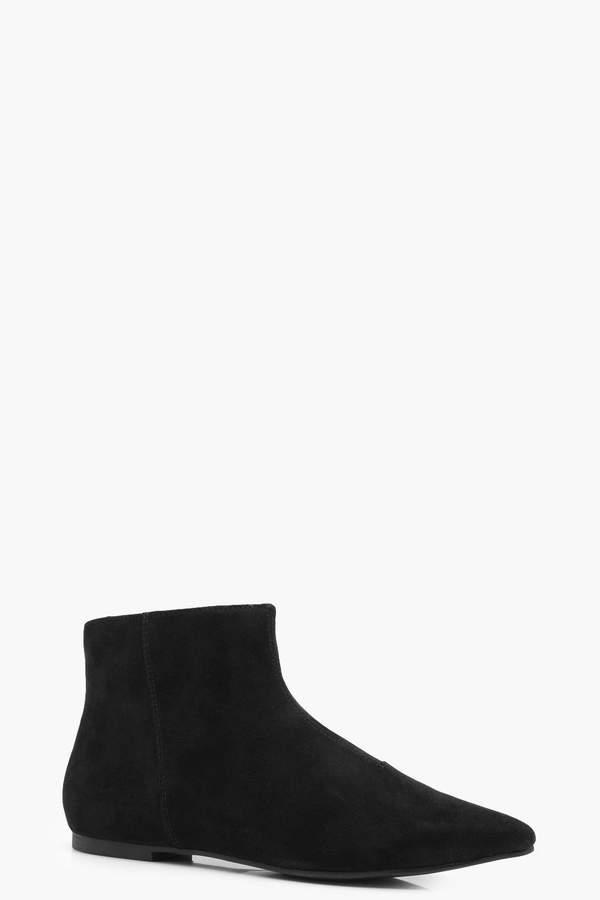 Outfit minimal - Asesoría de imagen ejecutiva - boohoo Pointed Toe Low Ankle Chelsea Boots - Boohoo - BooHoo