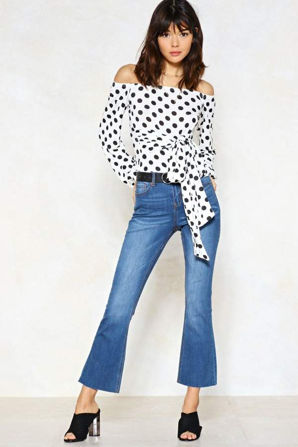 Outfit casual - Asesoría de imagen ejecutiva - Nasty Gal I Flare About You Cropped Jeans - Nasty Gal - Nasty Gal