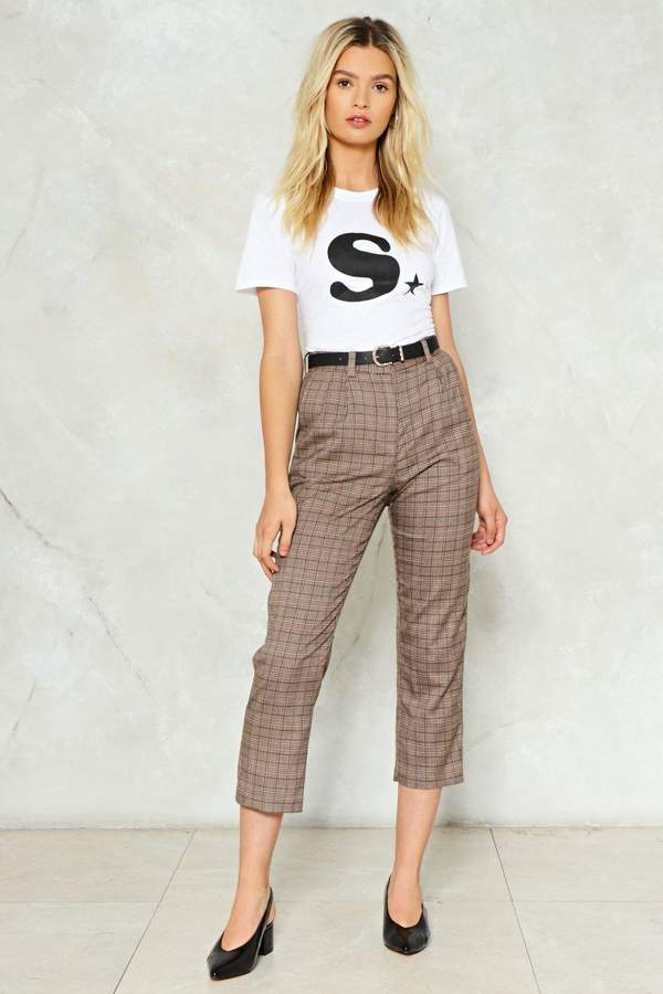Outfit minimal - Asesoría de imagen ejecutiva - Nasty Gal Shake It Out Plaid Pants - Nasty Gal - Nasty Gal