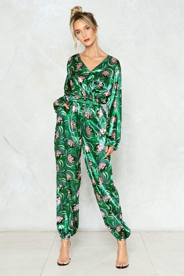 Outfit para coctel - Asesoría de imagen ejecutiva - Nasty Gal Grow Out of Your Way Floral Pants - Nasty Gal - Nasty Gal