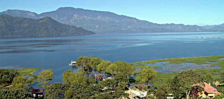 File:Lake Yojoa Honduras.JPG