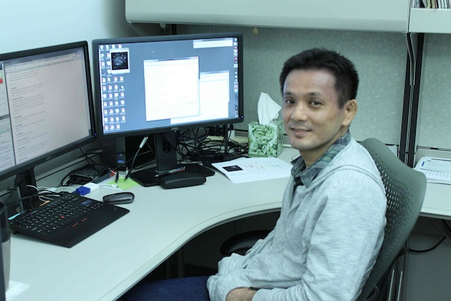 Photo of Ryota Homma at the office
