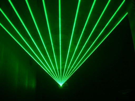 File:Green laser.jpg