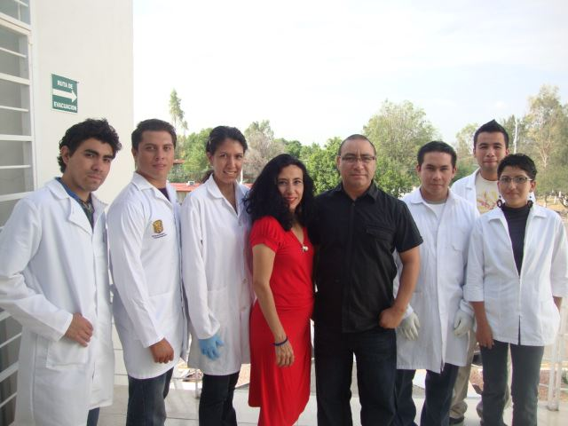 File:Barbozas lab members.jpg