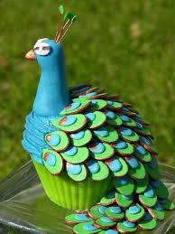 File:Peacock Cupcake.jpg