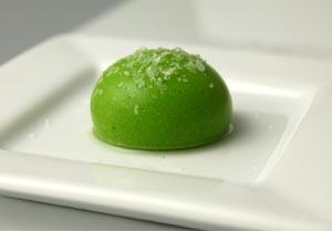 File:Liquid-pea-ravioli.jpg