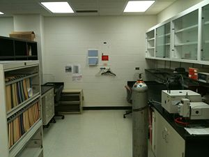 RenhaoLiLab Lab emptied2.JPG