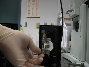 HgBulb Tighten bottom screw.JPG