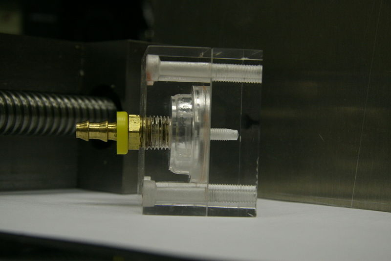 File:Acrylic pump.JPG