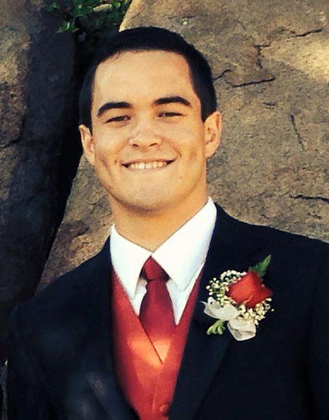 File:Me at prom.jpg