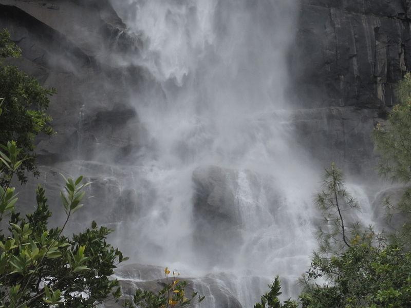 File:Yosemite Tueeulala Falls.JPG