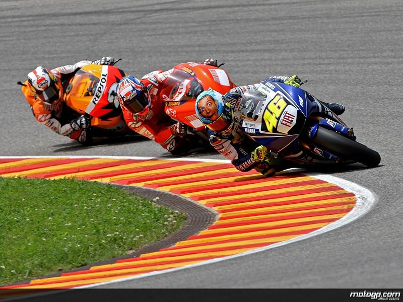 File:223627 rossi+stoner+and+pedrosa+in+action+in+mugello+motogp-1280x960-jun1 jpg original.jpg