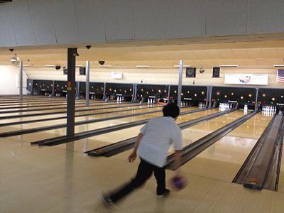 RenhaoLiLab Bowling2.jpg