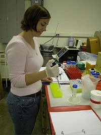 Amy Hunt, former undergraduate in the lab