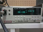 FLUKE MULTIMETER AND SPECIAL DUAL CONNECTOR