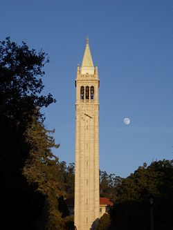 Berkeley 2006 Sather Tower.JPG