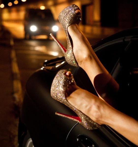 File:Shoesphoto.JPG
