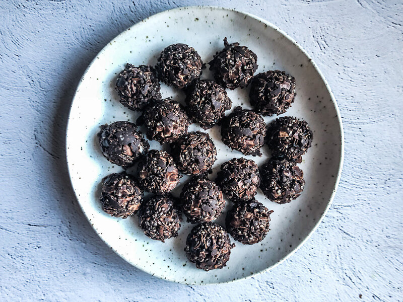 toasted-coconut-clusters.jpg