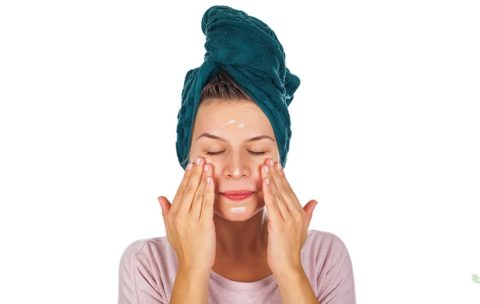 Even if you've done all the wrong things for wrinkles, you can stop right now and start doing all the right things. Here are 10 easy things to start today to make your skin more vibrant, youthful, and wrinkle-free.