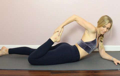 These simple stretches will loosen up your tight quads so that you can prevent injury and gently loosen up achy muscles.