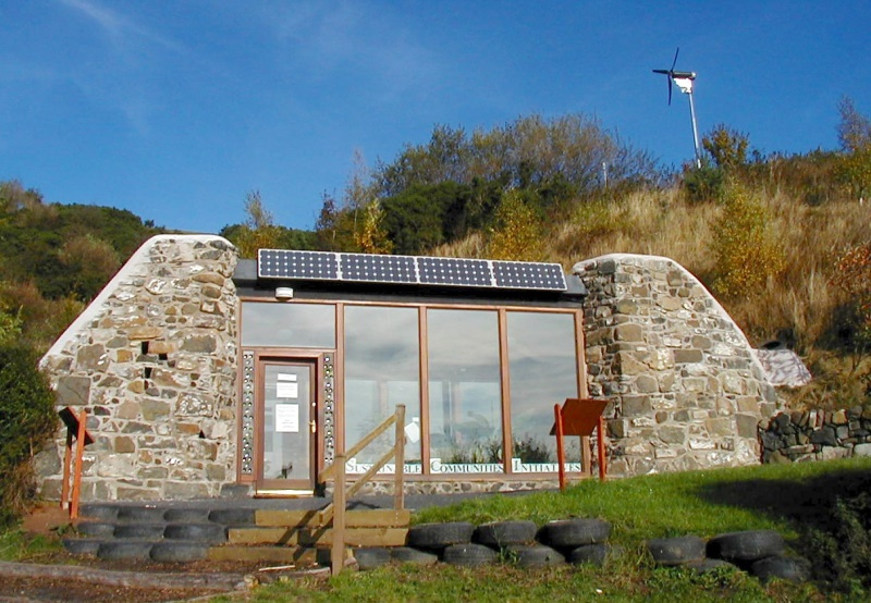 fife-scotland-earthship-off-grid