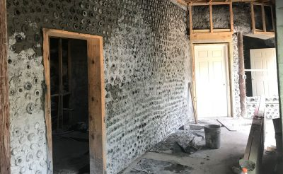 florida-earthship-bottle-wall-construction