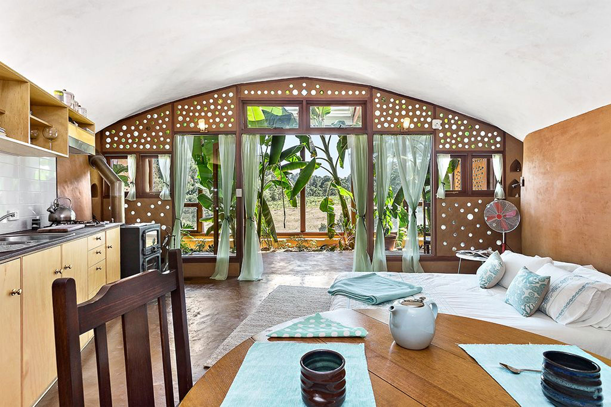 adelaide-earthship-interior