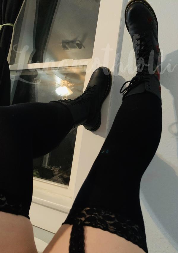 Thigh high tights