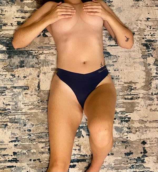 VS navy blue thong