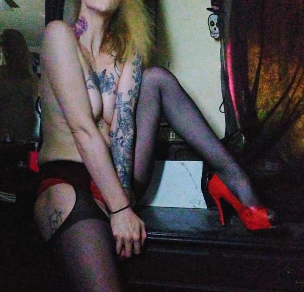 Sexy Suspender Tights W/ photoset & more